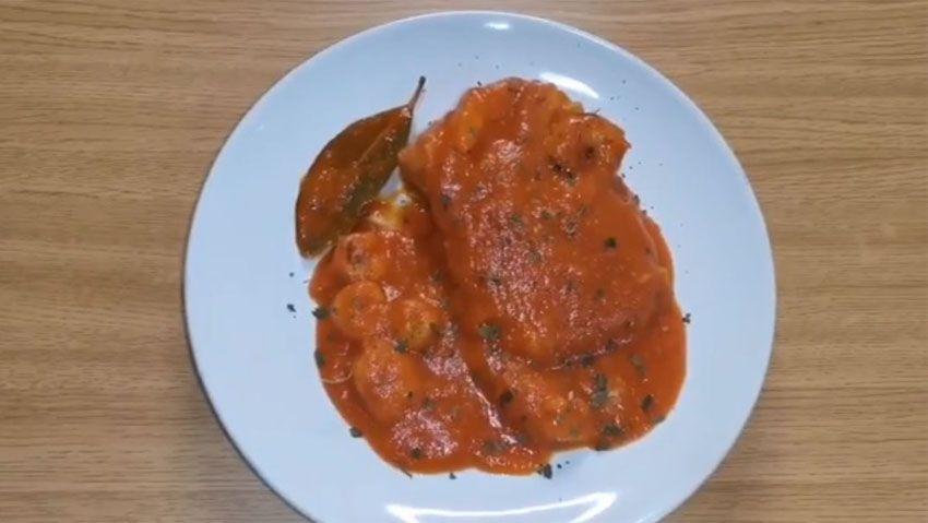 Bacalao con salsa de piquillo