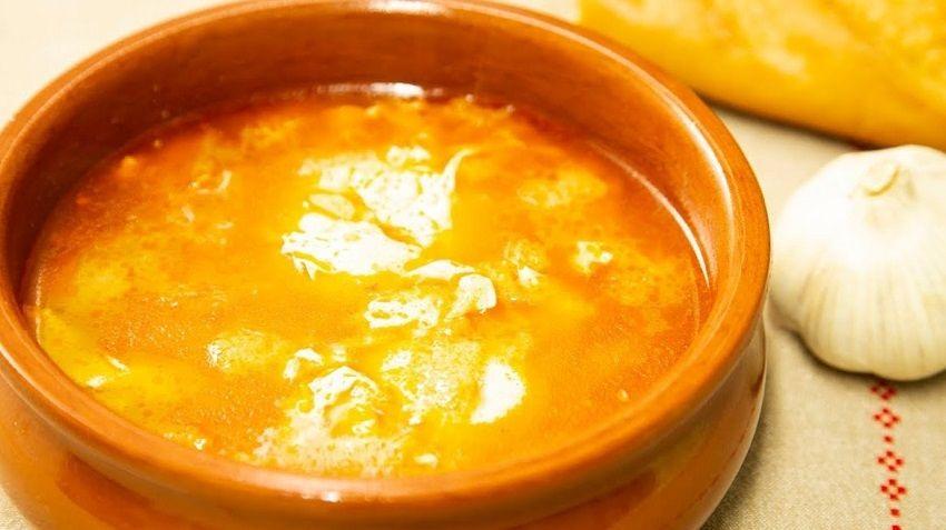 Receta de sopa de ajo española fácil
